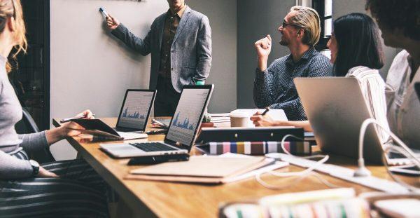 адаптация на персонала, фирмени обучения на персонал